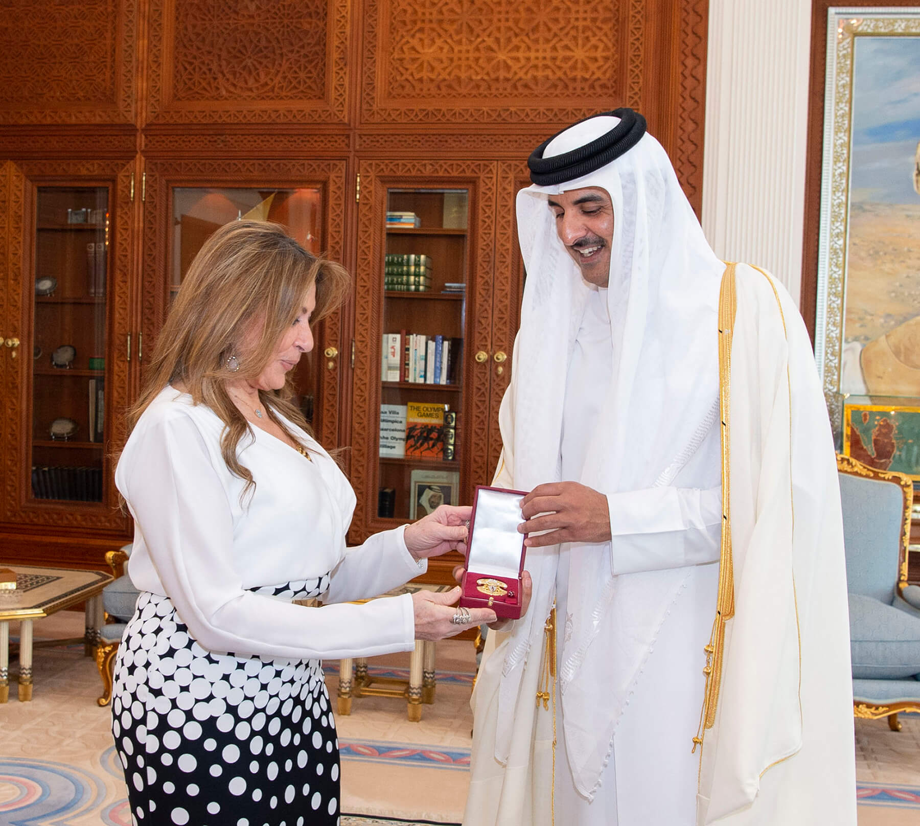 سمو الأمير يستقبل سفيري تركيا والإكوادور