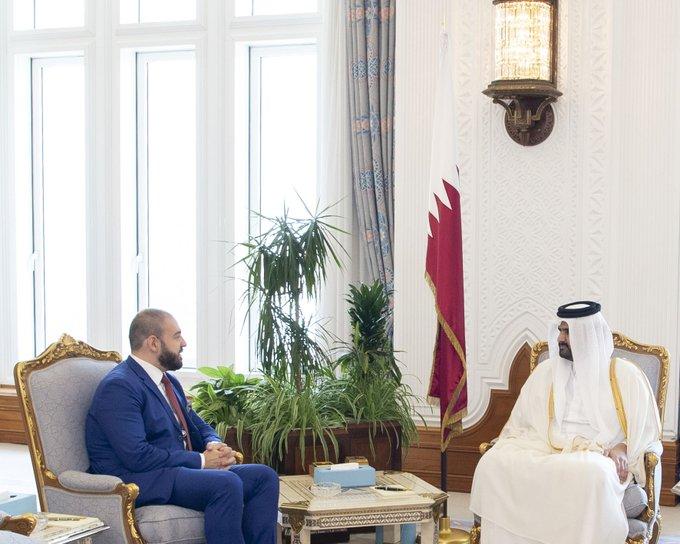 سمو نائب الأمير يستقبل سفير رومانيا