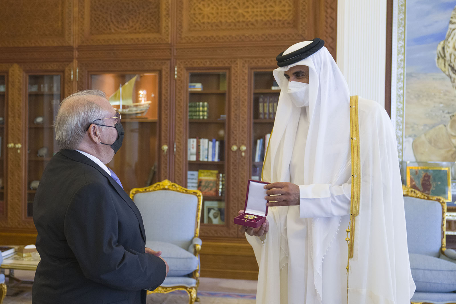 HH The Amir Receives Cuban Ambassador